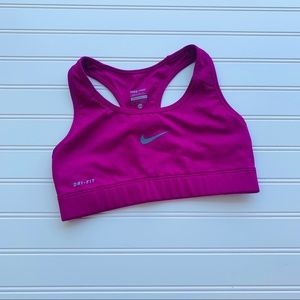 Nike Size XS Solid Purple Fuchsia Sports Bra